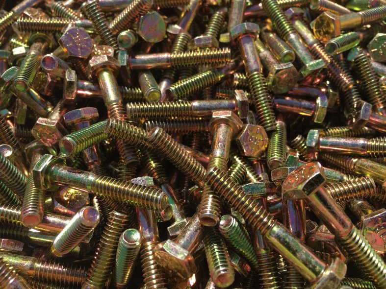 Grade 8 bolts, gr8 bolts, grade 8 hex cap screws, gr8 hex cap scres, sae j429, sae-j-429